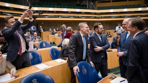 Tweede Kamerleden vertrekken massaal: wat bezielt de politici?