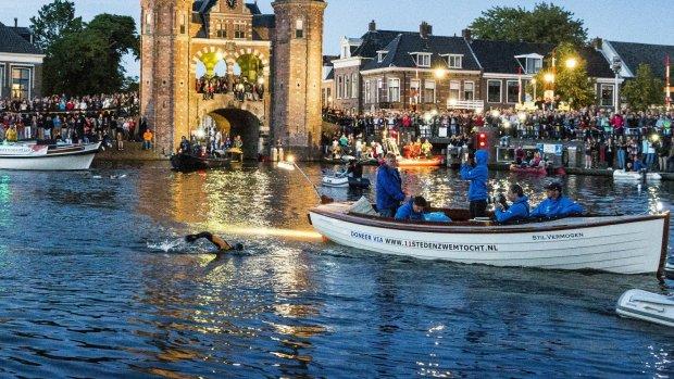 Maarten van der Weijden na goede nacht langs Sloten