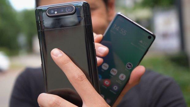 'Consument vervangt smartphone pas na 33 maanden'