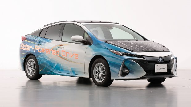 Toyota test efficiënte zonnepanelen op auto's