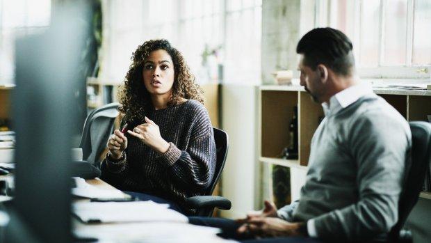 'Waarom vrouwen wel meer werken, maar mannen niet minder'