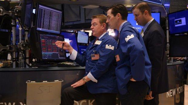 Record op Wall Street: Dow Jones sluit boven 27.000 punten