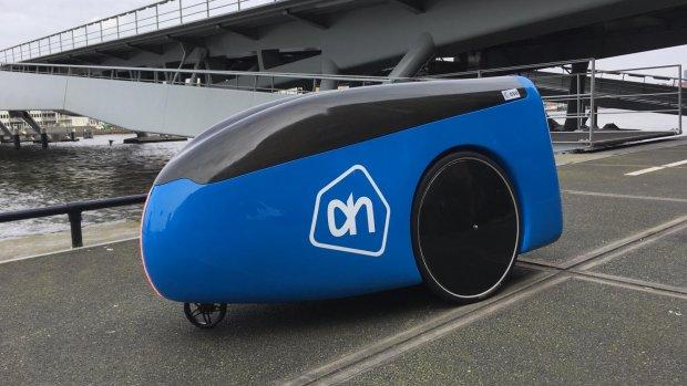 Eerste bezorgrobot van Albert Heijn rijdt rond in Eindhoven