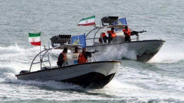 Iran entert twee Britse olietankers in Straat van Hormuz