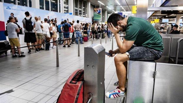 Grote problemen op Schiphol: compensatie niet vanzelfsprekend