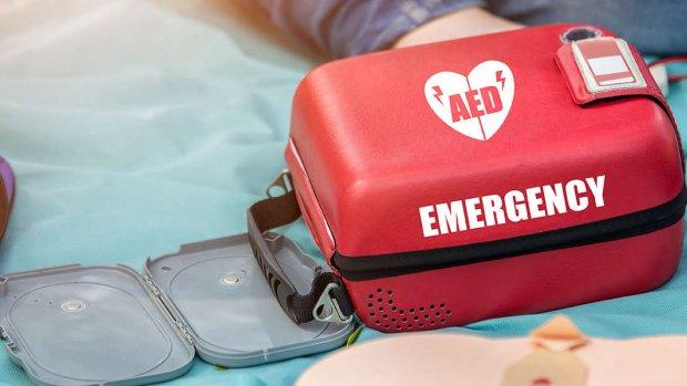 Monteurs VodafoneZiggo redden al 30 levens met AED