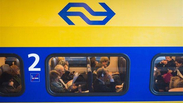 NS start met reclames in de trein, kaartje wordt niet goedkoper