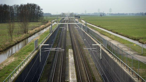 'Fundering spoorwegen ongeschikt voor meer treinverkeer'