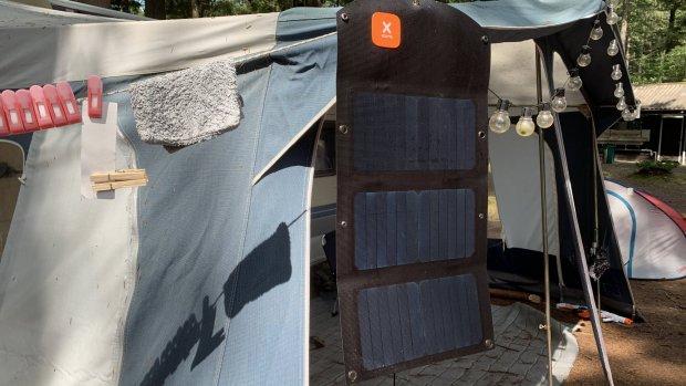 Getest: off-grid kamperen met powerbank en zonnepaneel