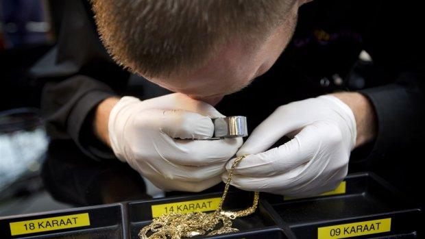 Goudprijs op record in zes jaar: meer sieraden en goudstaafjes verpatst