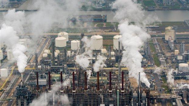 Industriële productie krimpt voor vierde maand op rij