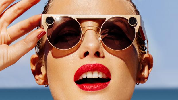 Snapchat onthult nieuwe videobril met twee lenzen