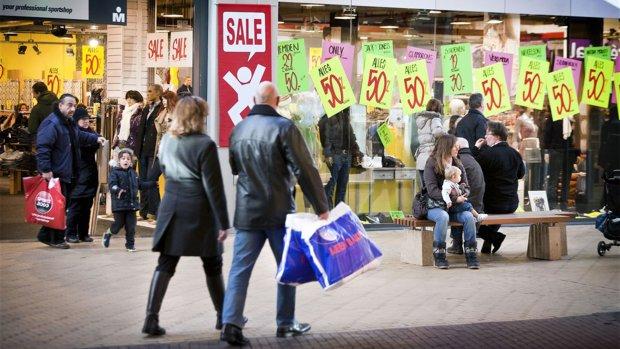 Groeit de economie door? | KLM-personeel voert actie