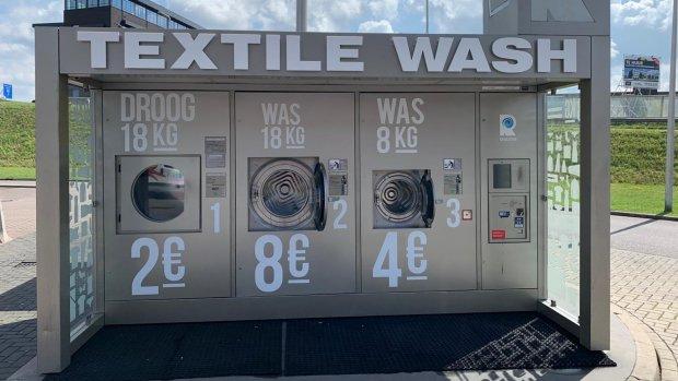 Niet je auto maar je was wassen bij een tankstation