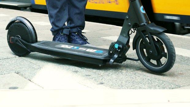 Review: deze elektrische step is wél legaal