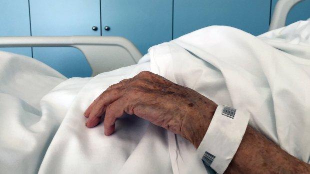 Nabestaanden overvallen door kosten van koelen overledene