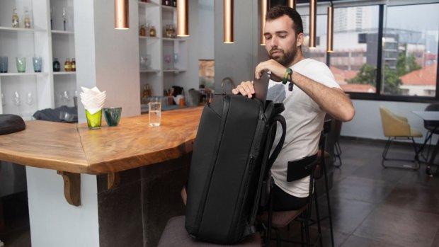 Ondernemer achter Dun Wallet komt met compacte rugzak
