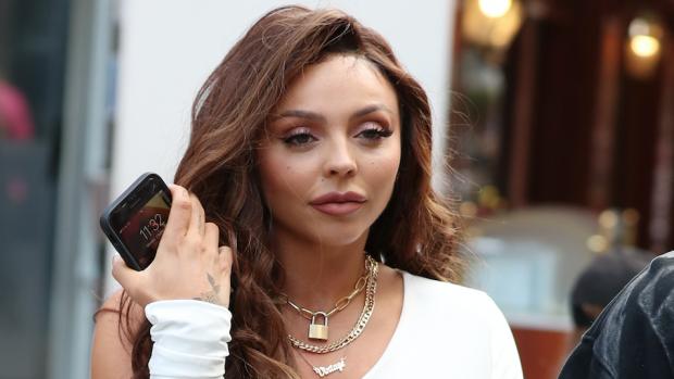 Little Mix-zangeres deed zelfmoordpoging door online pesten