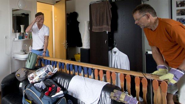Buitenlandse student op zoek naar kamer vist meestal achter het net