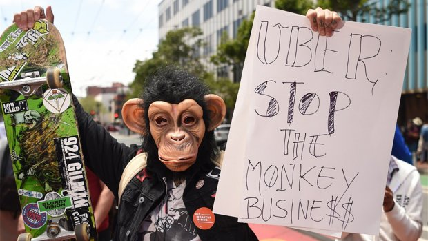 Californische wet verplicht Uber om chauffeurs in dienst te nemen