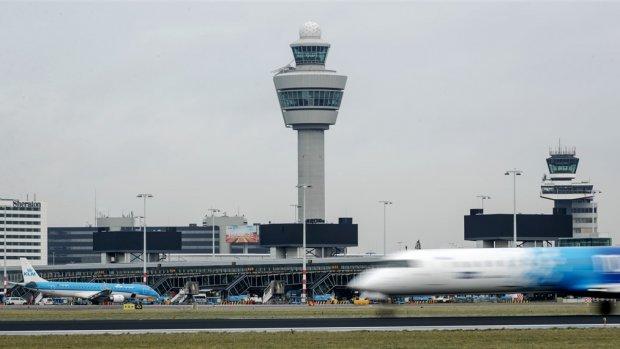 Advies aan kabinet: 'Luchtvaart kan alleen groeien als stikstofuitstoot daalt'