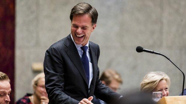 Trucjes, complimenten en wéér een nieuw verhaal van Rutte