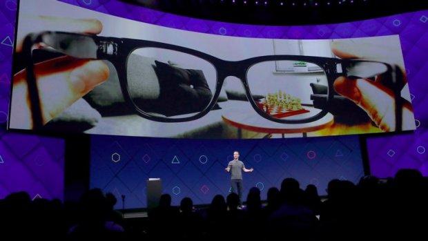 Facebook zegt te werken aan een augmentedrealitybril