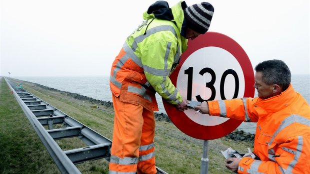 'Verlaag maximumsnelheid naar 100, maar dan wel overal'