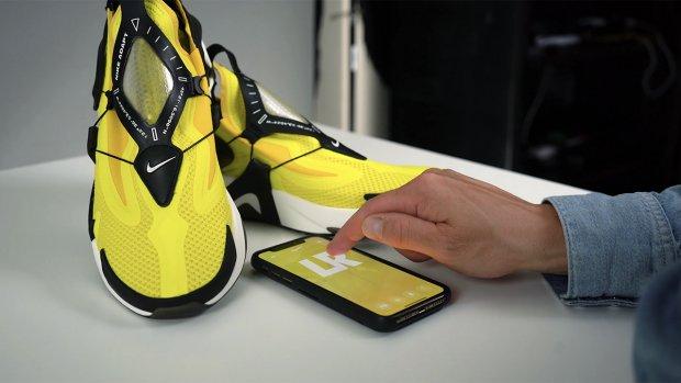 Getest: de eerste Nike-sneakers met Siri-bediening