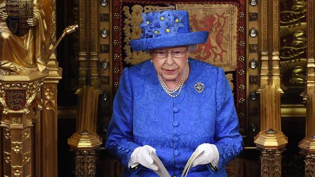 Stemmen mag ze niet, maar wat vindt Queen Elizabeth van brexit?