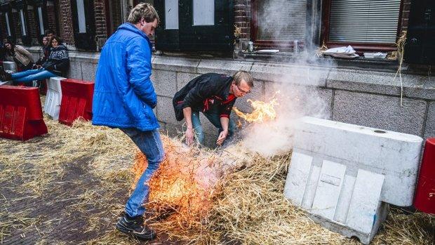 Dag vol boerenprotesten: Groningen houdt poot stijf