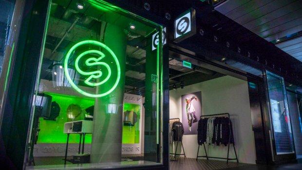 Van stripwinkel tot kledinglijn: dj's spelen winkeltje
