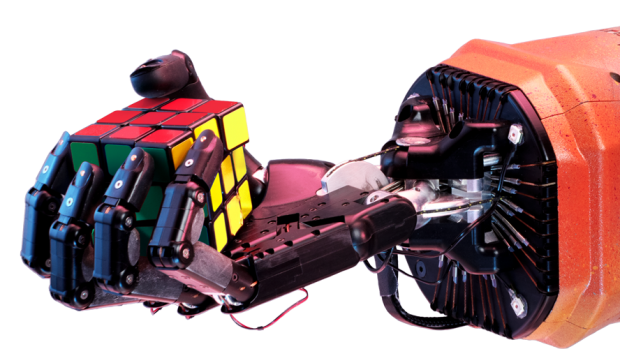 AI kan Rubiks kubus oplossen met één hand: geleerd in VR