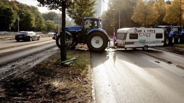 Boeren veroorzaken 'aanzienlijke schade' in Den Haag