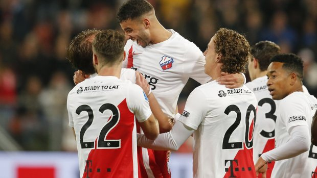 FC Utrecht wint tegen negen man van PSV