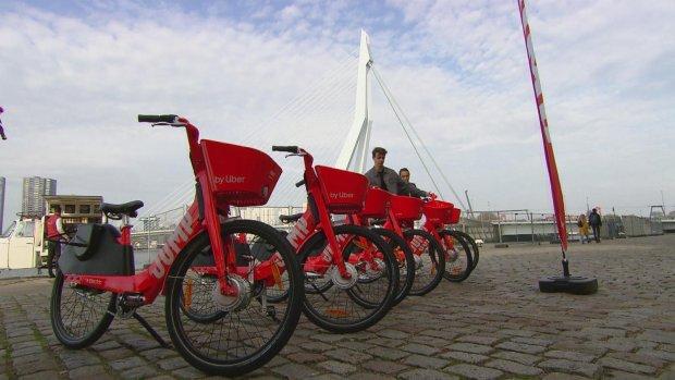 Uber komt met elektrische deelfietsen in Rotterdam