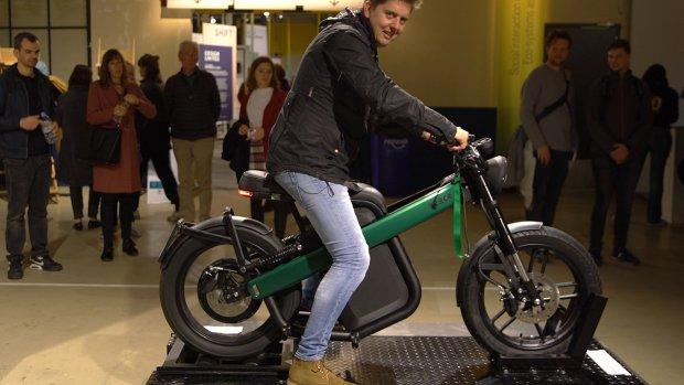 'Alles op wielen wordt elektrisch en connected'