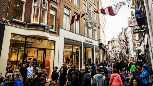 FNV: Nederlands basisinkomen kost 105 miljard euro per jaar