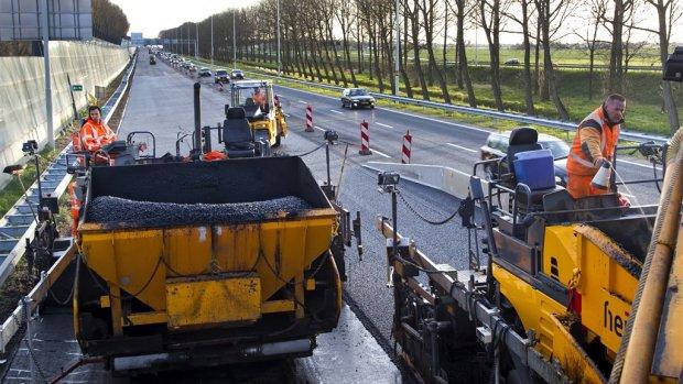 Heijmans en BAM willen asfaltfusie, ACM start uitgebreid onderzoek