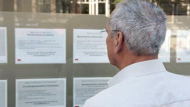 Begeleiding naar nieuwe baan weinig effectief voor ouderen: 'Beeldvorming is te negatief'