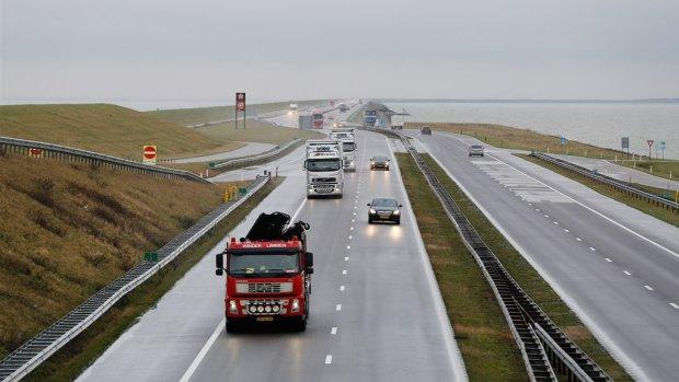 'Helft dagelijkse weggebruikers gaat snelheidsverlaging 100 km/u negeren'