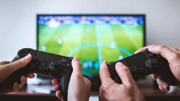 Politie krijgt melding van 'huiselijk geweld': buurman verloor met FIFA