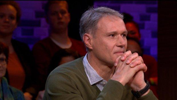 Geëmotioneerde Marco van Basten bij Beau: 'Het was heel erg'