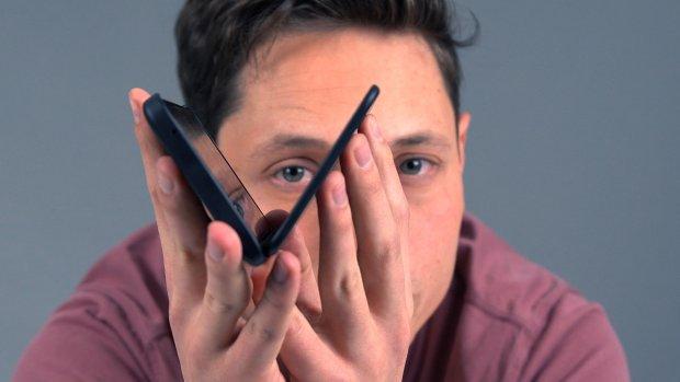Test: Hoe handig is een telefoon met een dubbel scherm?