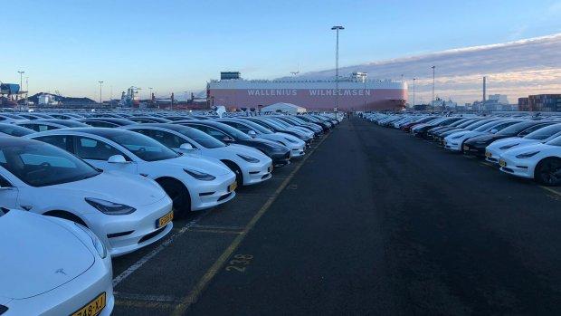 Eindejaarssprint: 1 op de 3 nieuwe auto's in december is een Tesla