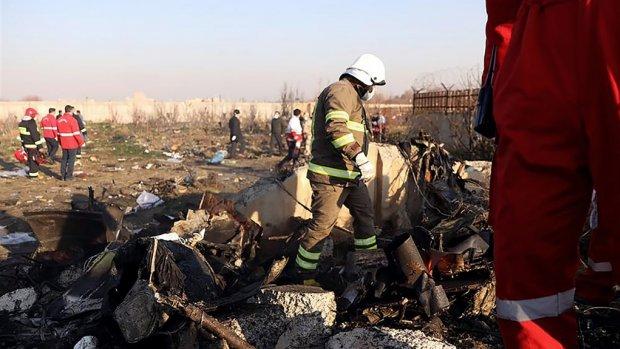 Onderzoek vliegtuigcrash Iran: 'Terreuraanslag één van de scenario's'