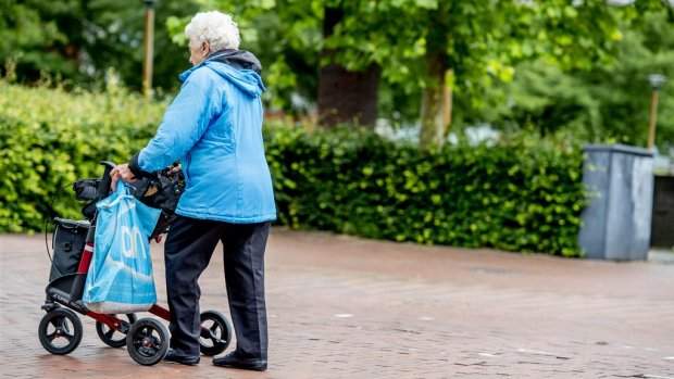 Zorg ouderen doodlopende weg: 'Systeem moet om'