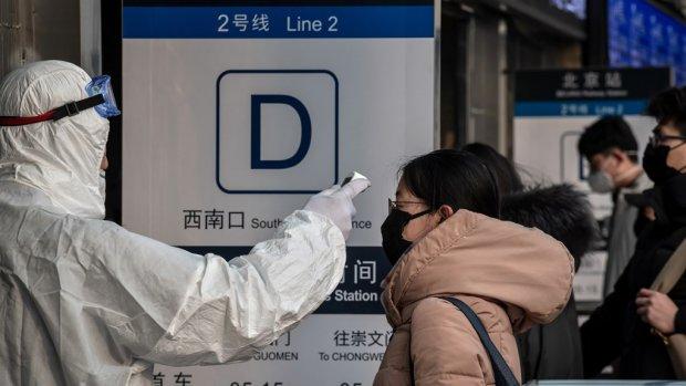 In Wuhan verblijvende Nederlander boos: 'Ik draai op voor de kosten'