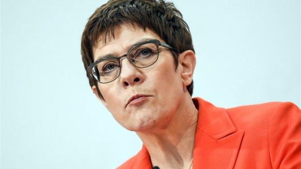 Gedroomde opvolger Angela Merkel wil toch geen bondskanselier worden