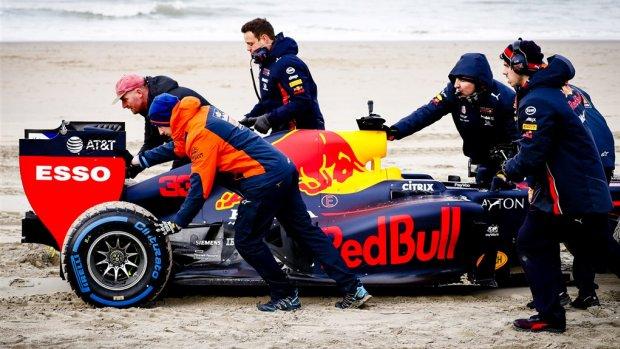 Zandvoort en Noordwijk kibbelen over gebruik van strand door F1-teams